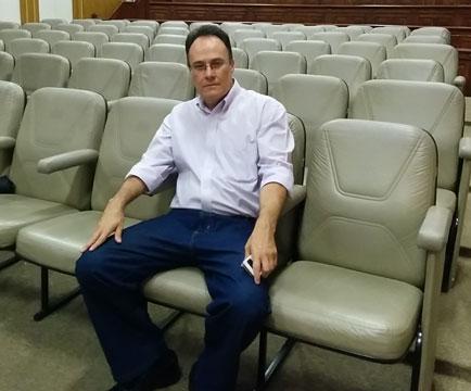 dr-franklin-aula-plateia